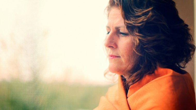 Boimy się menopauzy, bo ubywa nam kobiecości. Być może jest w tym jakiś błąd natury - kobiecość, to przecież o wiele więcej