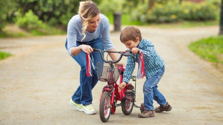 Chcesz wychować syna na świadomego siebie i swojej wartości mężczyznę? To nie mów mu tych kilku rzeczy