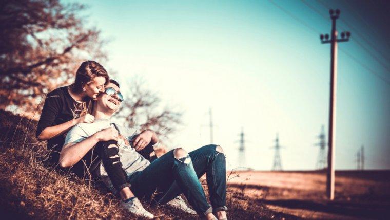 Kochaj życie, kochaj siebie i doceń zanim zgubisz. 9 rzeczy, które dodają miłości blasku