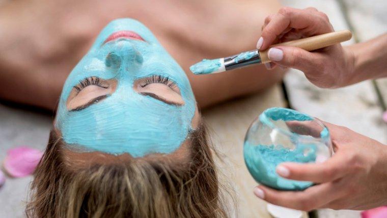 Cenisz sobie piękny wygląd skóry twarzy? Sprawdź czym zachwyci Cię nowość - multimasking