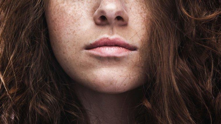 Jak odróżnić narcyza od osoby pewnej siebie? To bardzo proste