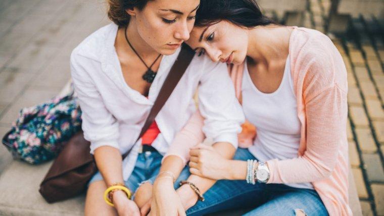 Czy w sercowych sprawach powinnyśmy polegać na radach przyjaciółek?
