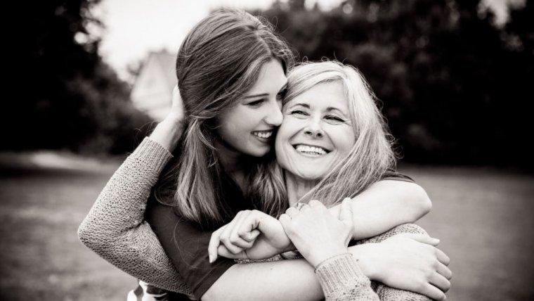Wiesz co to znaczy, czuć nienawiść do własnej córki? Dla niej wszystko się zaczyna, a mi coraz trudniej patrzeć na nią z miłością