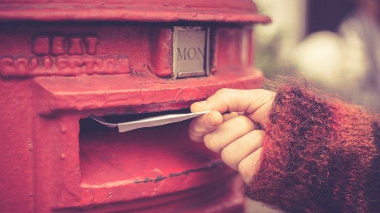 Poczta zamiast maila. Czy rząd myśli, że na wsi czas się zatrzymał?