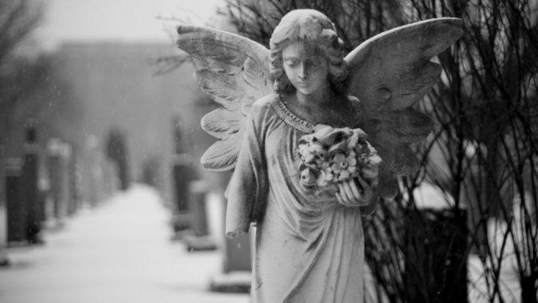 """Mama walczyła, uśmiechała się czasami przez łzy. Ale kiedy patrzysz na tak ogromne cierpienie mówisz: """"możesz odejść, zaśnij, my tu sobie poradzimy"""""""