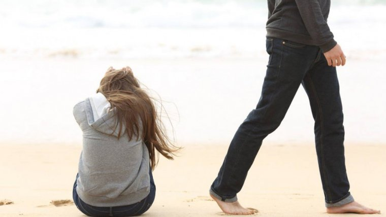 """Dlaczego mężczyźni częściej odchodzą, kiedy zaczynają się kłopoty, a kobiety częściej zostają, by trwać przy ukochanym """"na dobre i na złe"""""""