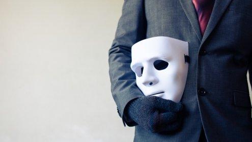maska klamca narcyz toksyk
