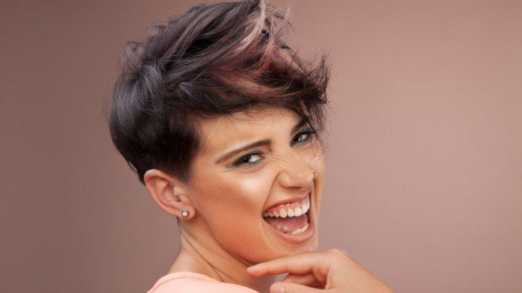 Krótkie Włosy Sprawdzamy Jakimi Kosmetykami łatwo Je Ułożyć