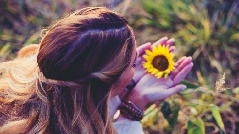 ae1f3de954da68 Wszystkie kobiety są piękne... tylko często o tym nie wiedzą! To, jak  wyglądasz, może być twoją radością lub kompleksem - wybieraj mądrze - Oh!me  - Magazyn ...